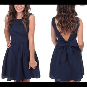 Lauren James navy Emerson dress NWT SZ L